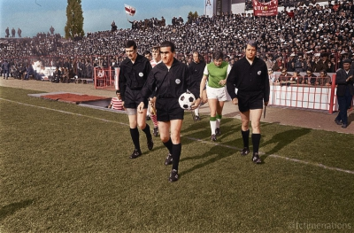 Retro Stories 1970: Πως το εκτός έδρας γκολ μπήκε στη ζωή μας με τον αποκλεισμό της πρωταθλήτριας Ευρώπης Φέγενορντ από μια άσημη ρουμανική ομάδα!